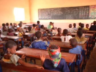 Inside a Schools3 classroom in Mali