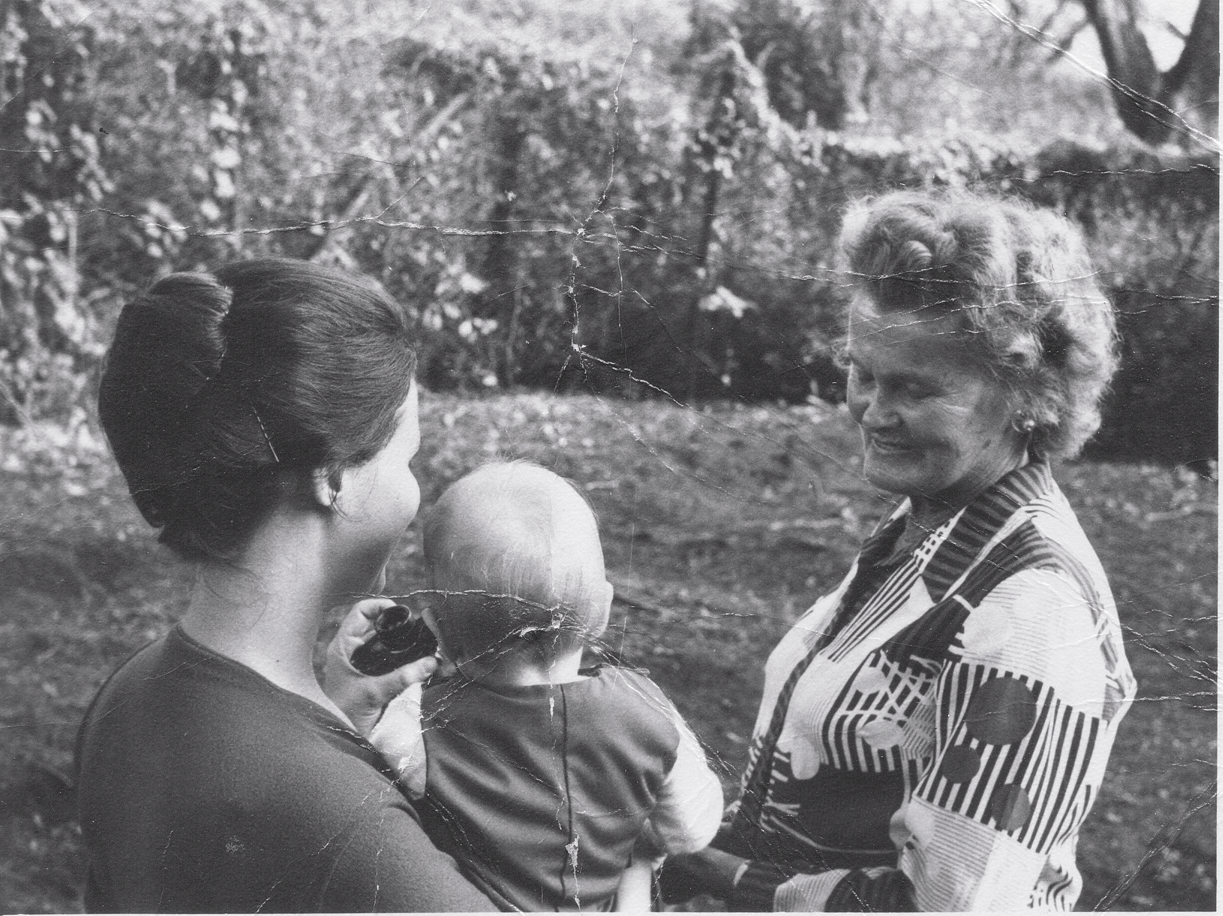 Donanne, Pauly and Joy Adamson at Elsamere